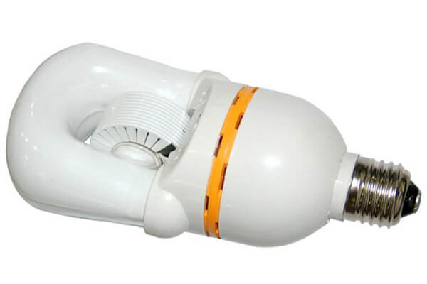 Self-ballast induction lamp